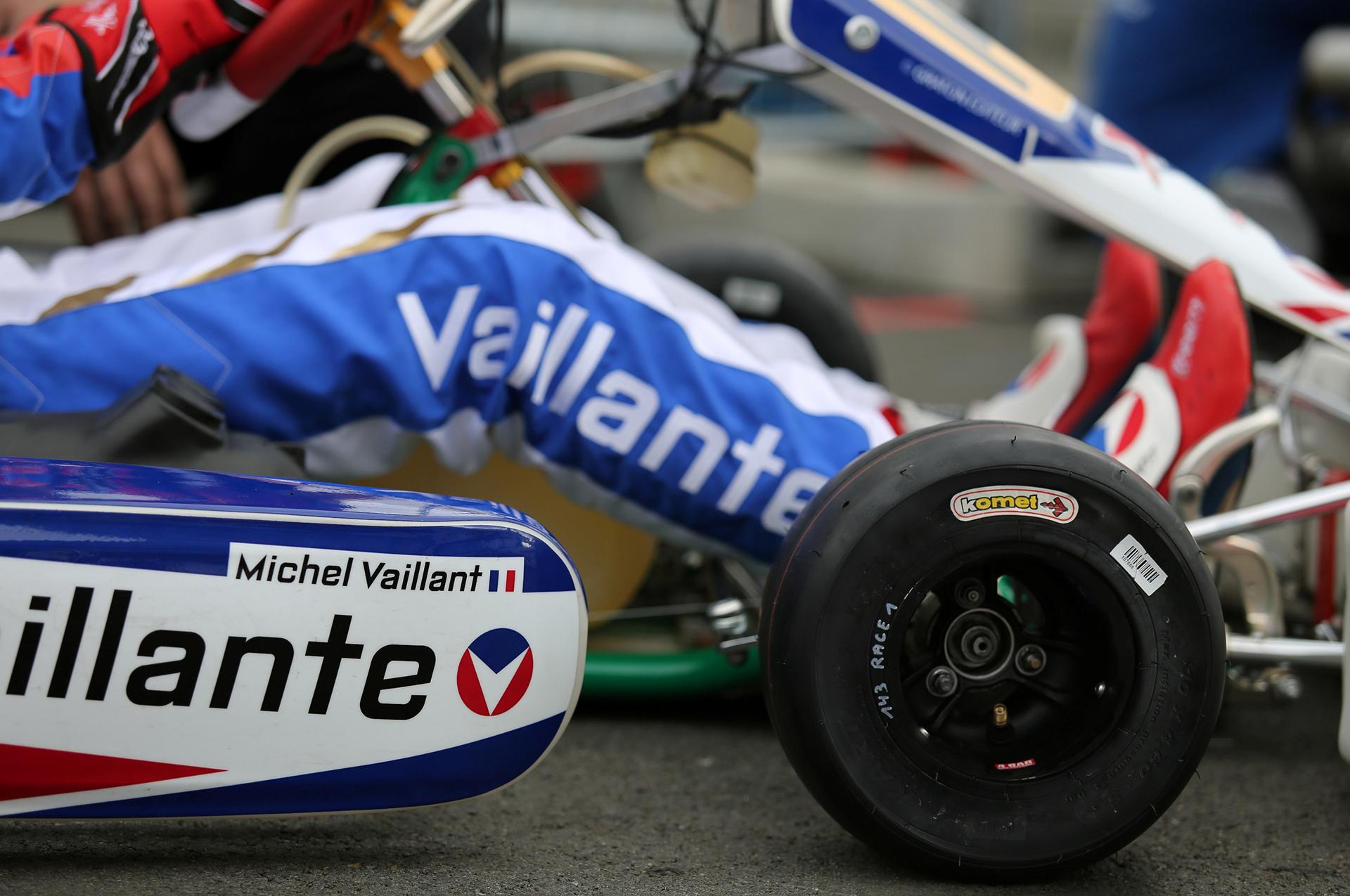 Komet Racing Tyres 1